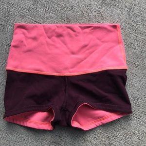 Lululemon reversible short shorts peach maroon